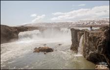 iceland-wedding-photographer-godafoss-waterfall-2
