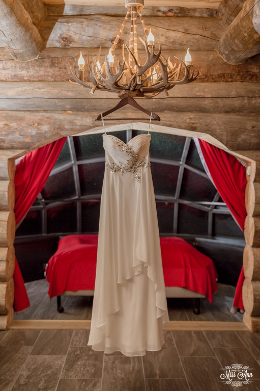 Finland Elopement Igloo Hotel by Your Adventure Wedding-3