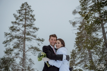 Finland Wedding Igloo Hotel by Your Adventure Wedding-18