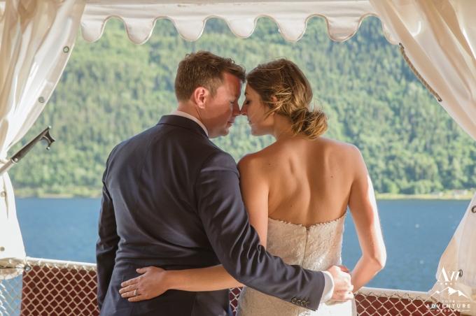 intimate-norway-elopement-your-adventure-wedding