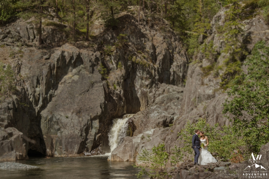 norway-waterfall-weddings-your-adventure-wedding