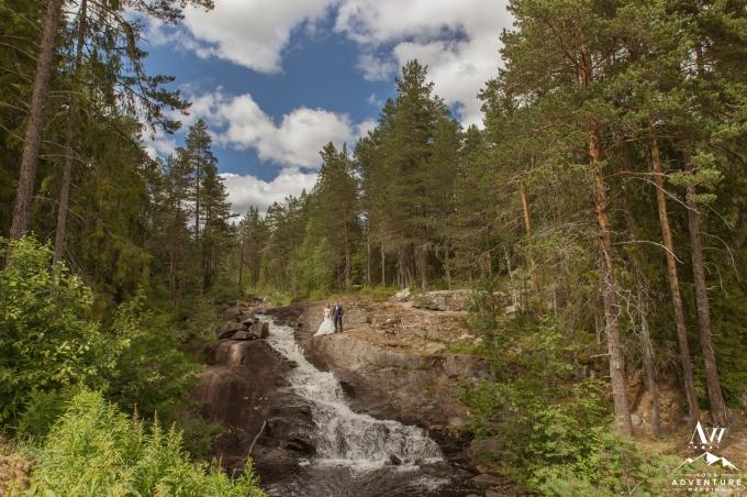 waterfall-wedding-norway-your-adventure-wedding