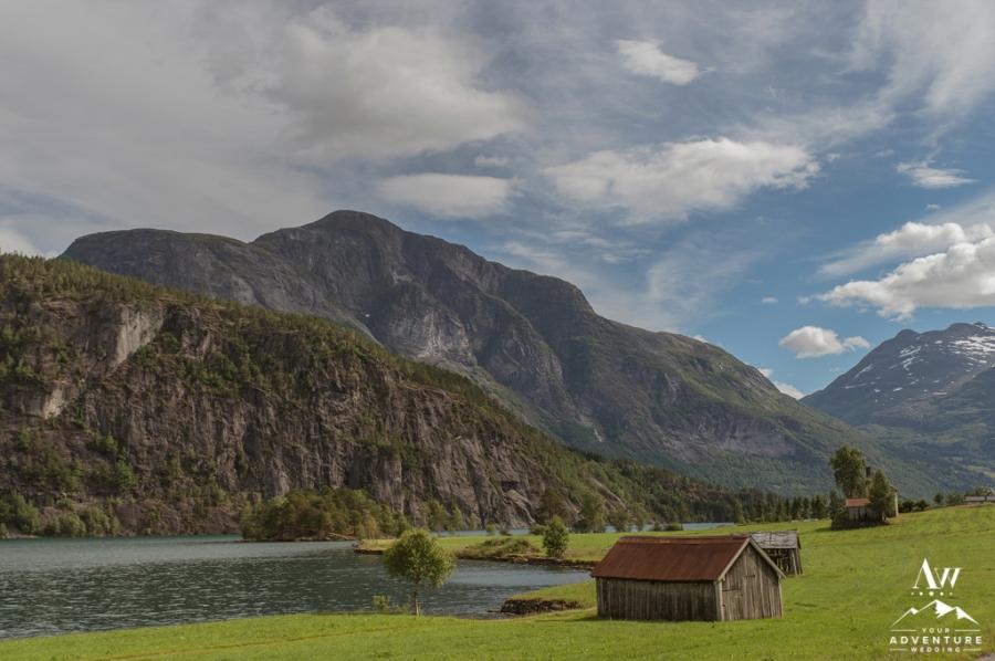 adventure-wedding-photographer-iceland-weddings-norway-weddings-patagonia-weddings-155