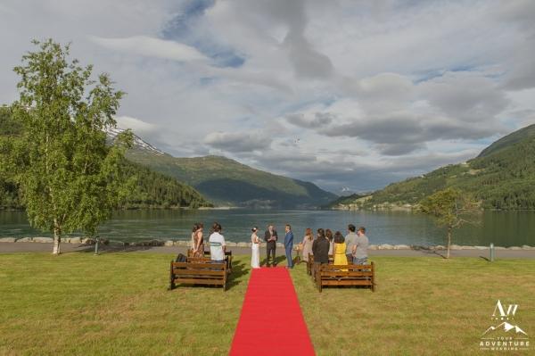 adventure-wedding-photographer-iceland-weddings-norway-weddings-patagonia-weddings-20