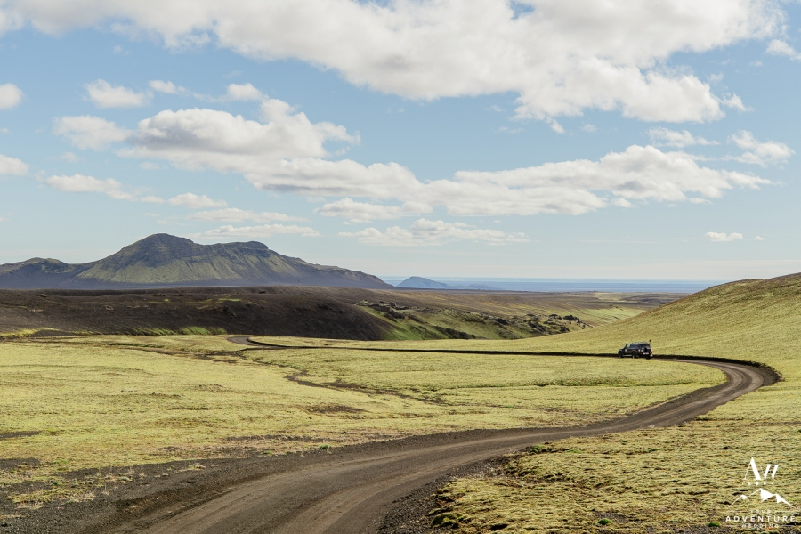 adventure-wedding-photos-in-iceland-41