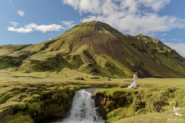adventure-wedding-photos-in-iceland-47