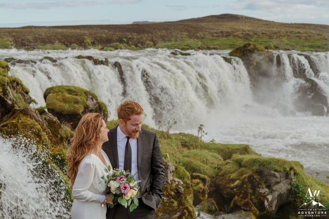 adventure-wedding-photos-in-iceland-66