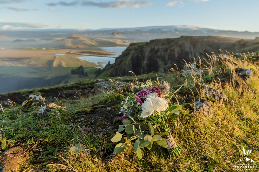 adventure-wedding-photos-in-iceland-7