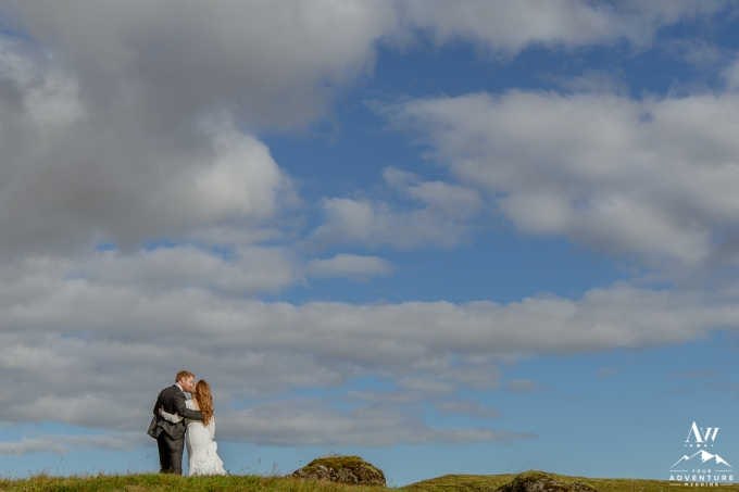 adventure-wedding-photos-in-iceland-75