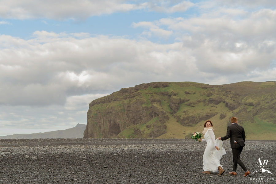 adventure-wedding-photos-in-iceland-77