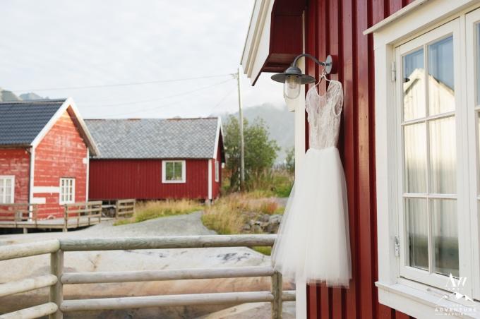 lofoten-islands-norway-elopement-photographer-your-adventure-wedding-10