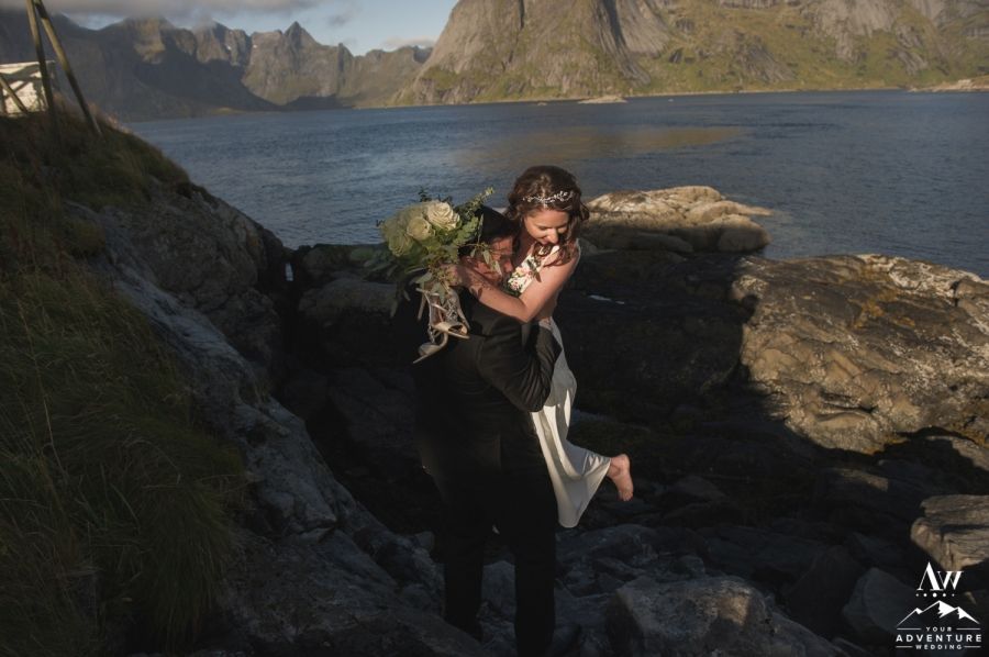 lofoten-islands-norway-elopement-photographer-your-adventure-wedding-26