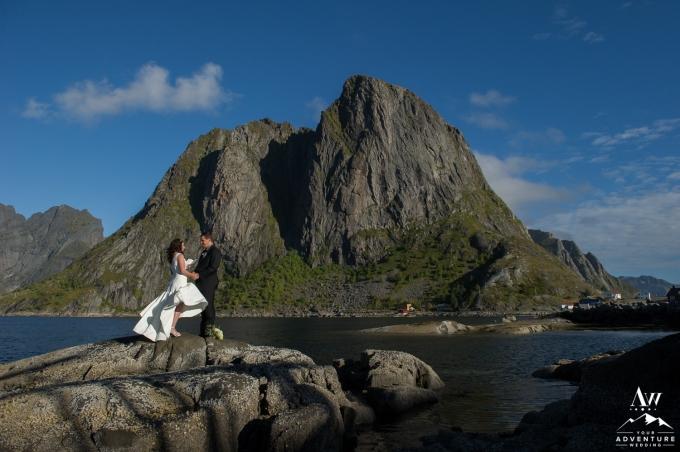 lofoten-islands-norway-elopement-photographer-your-adventure-wedding-28