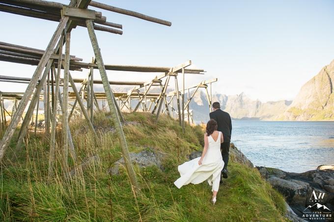 lofoten-islands-norway-elopement-photographer-your-adventure-wedding-31