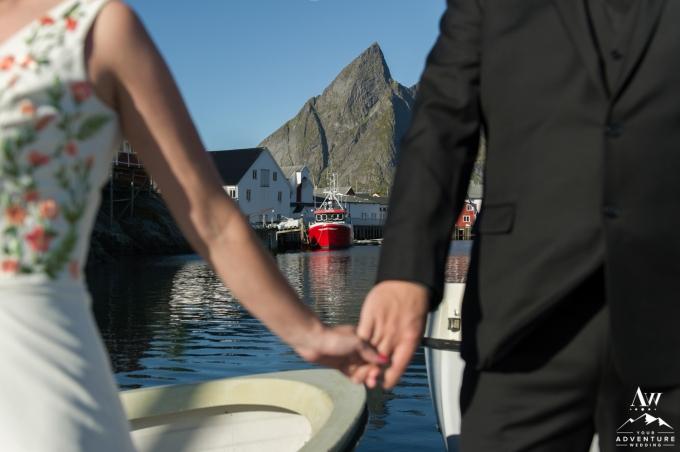 lofoten-islands-norway-elopement-photographer-your-adventure-wedding-35
