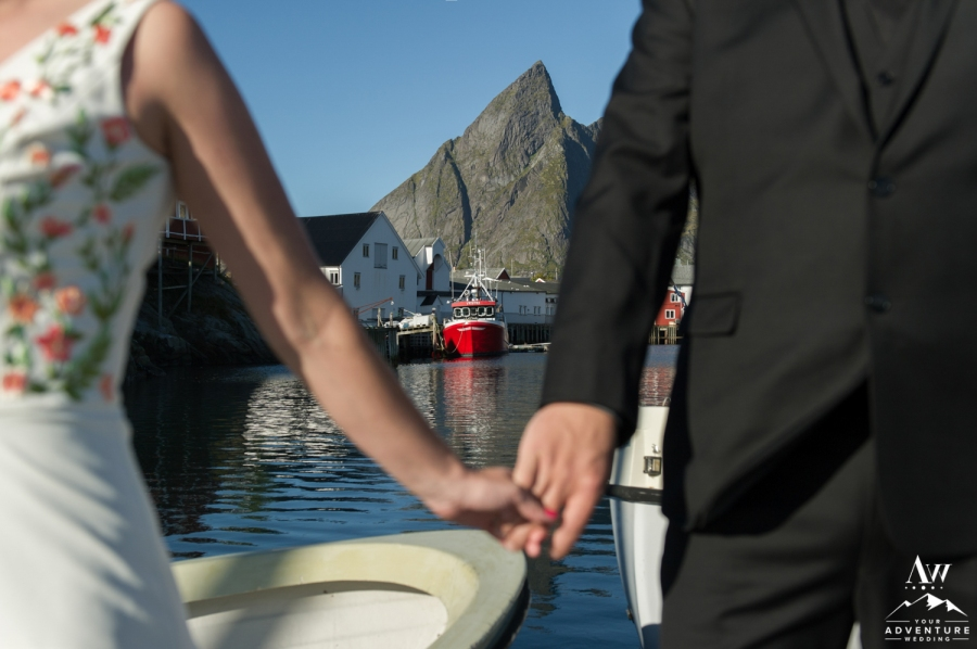 lofoten-islands-norway-elopement-photographer-your-adventure-wedding-35