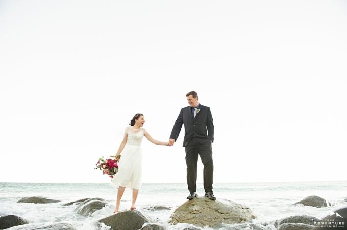 lofoten-islands-norway-elopement-photographer-your-adventure-wedding-45