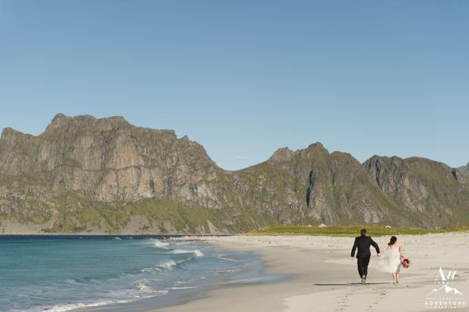 lofoten-islands-norway-elopement-photographer-your-adventure-wedding-46