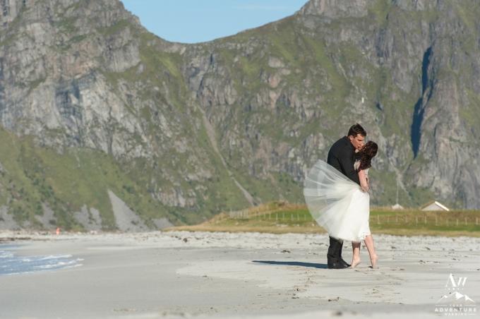 lofoten-islands-norway-elopement-photographer-your-adventure-wedding-49