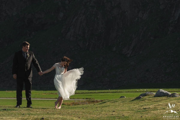 lofoten-islands-norway-elopement-photographer-your-adventure-wedding-50