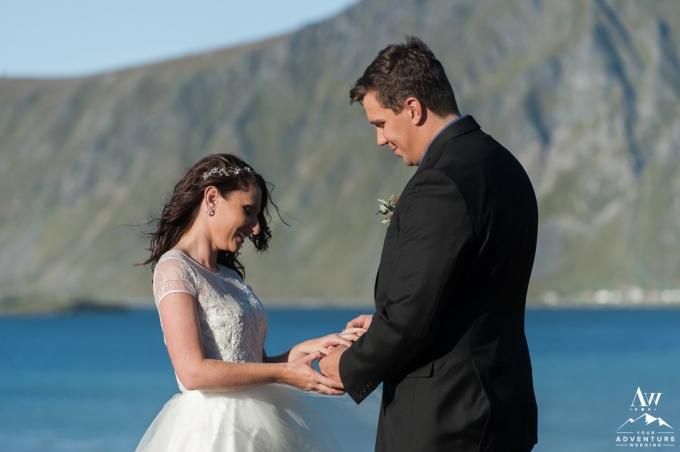 lofoten-islands-norway-elopement-photographer-your-adventure-wedding-60