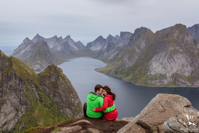 lofoten-islands-norway-elopement-photographer-your-adventure-wedding