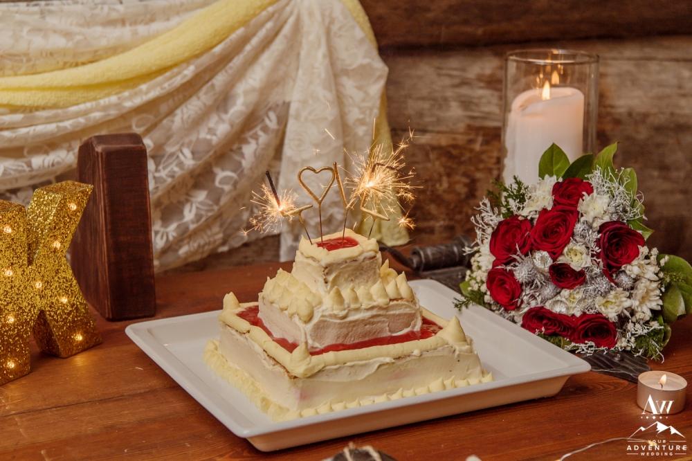 finland-wedding-photographer-lapand-elopement-adventure-wedding-27